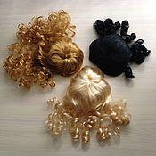 Материалы для творчества ручной работы. Ярмарка Мастеров - ручная работа Парик для куклы в ассортименте. Handmade.