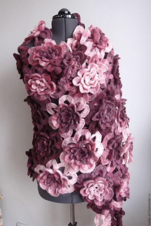 Шали, палантины ручной работы. Ярмарка Мастеров - ручная работа. Купить Палантин Розы Марсала Вязаный Крючком. Handmade.