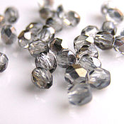 Материалы для творчества handmade. Livemaster - original item Glass beads Czech Republic 4 mm. Handmade.