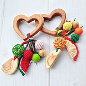 Куклы и игрушки ручной работы. Ярмарка Мастеров - ручная работа Фруктовый грызунок - погремушка Сердечко с подвесками из разных бусин. Handmade.