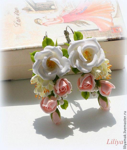 """Серьги ручной работы. Ярмарка Мастеров - ручная работа. Купить Серьги """"Сеньорита"""" с цветами ручной работы. Handmade. Кремовые розы"""
