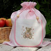 Подарки к праздникам ручной работы. Ярмарка Мастеров - ручная работа Льняной мешочек для новорожденной. Handmade.