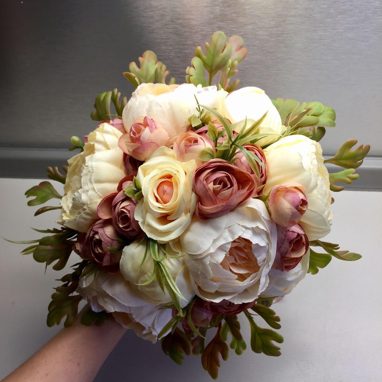 Сирень, свадебный букет в серпухове цена астрахань