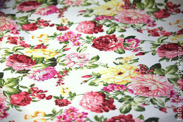 Ткань на платье пионы