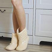 """Обувь ручной работы. Ярмарка Мастеров - ручная работа """"Ванильное небо"""" валяные сапожки для дома. Handmade."""