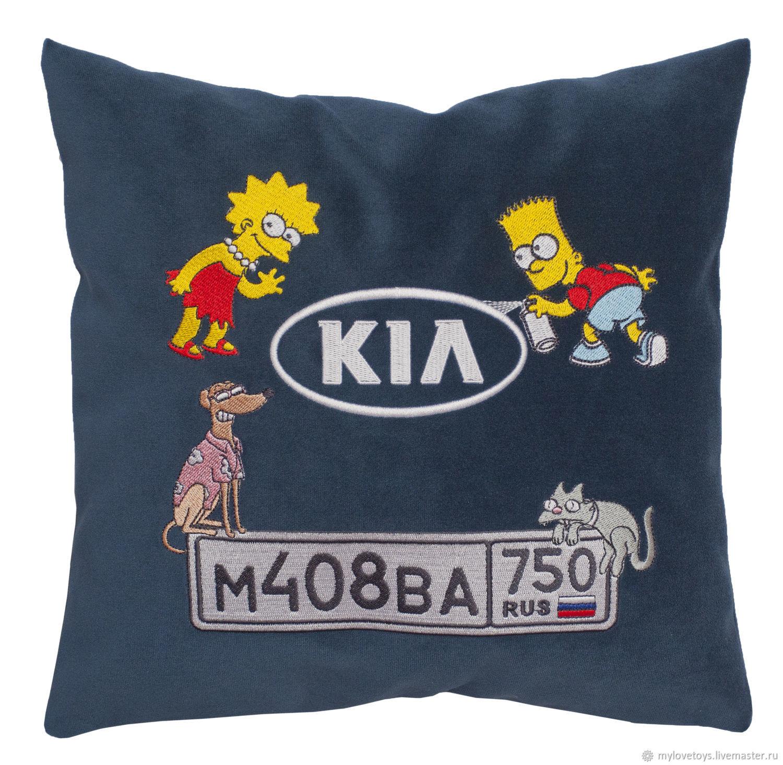 Автомобильные подушки с именной вышивкой 29
