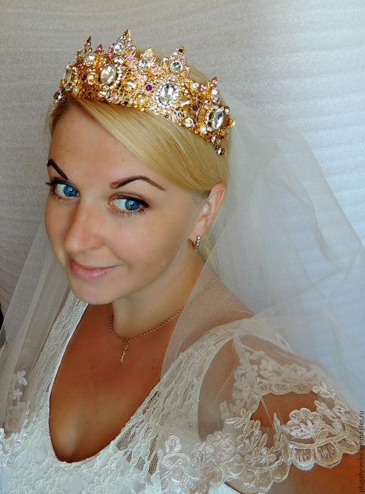 Диадемы, обручи ручной работы. Ярмарка Мастеров - ручная работа. Купить Свадебная корона в стиле D&G Сияние. Handmade. Золотой