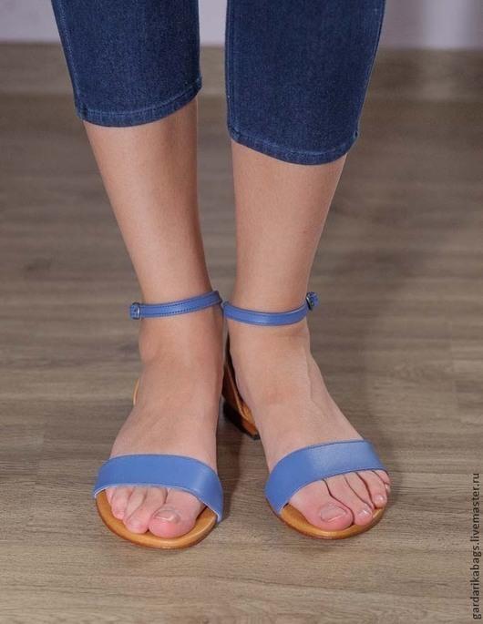 Обувь ручной работы. Ярмарка Мастеров - ручная работа. Купить Босоножки из кожи голубые СКИДКА 40%. Handmade. Голубой