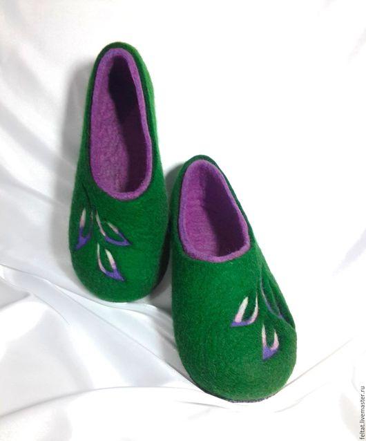 """Обувь ручной работы. Ярмарка Мастеров - ручная работа. Купить Валяные тапочки """"Зелёное настроение"""".. Handmade. Тёмно-зелёный"""