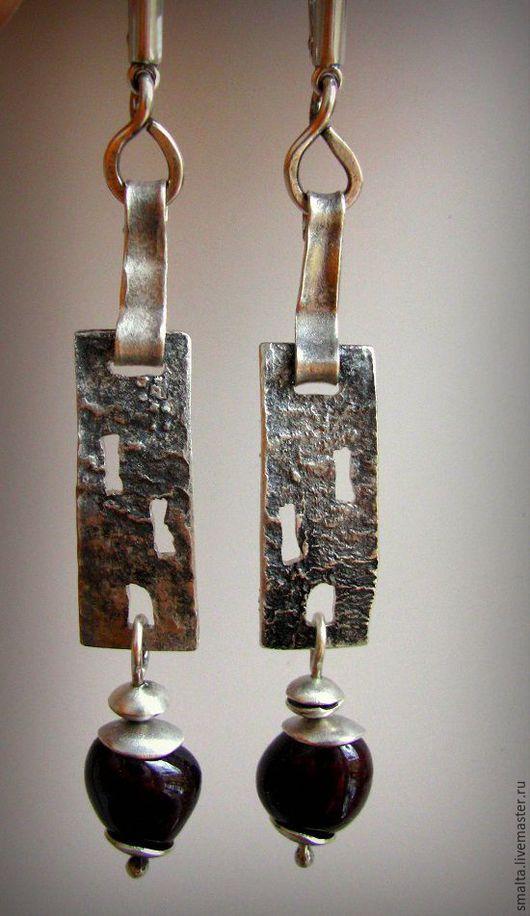 Светлана Кузнецова, авторские серьги, серьги серебряные с гранатом, серебро ручной работы, серебро 925