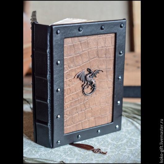 """Блокноты ручной работы. Ярмарка Мастеров - ручная работа. Купить Блокнот """"Мудрость дракона"""" (формат А6). Handmade. Коричневый"""