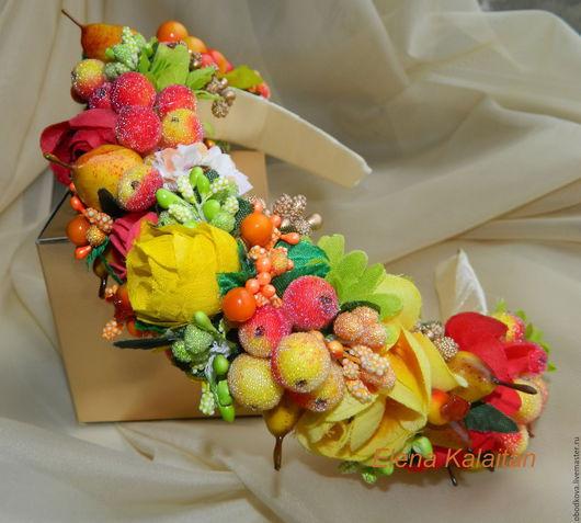 Диадемы, обручи ручной работы. Ярмарка Мастеров - ручная работа. Купить Ягодно-цветочный обруч для волос. Handmade. Оранжевый