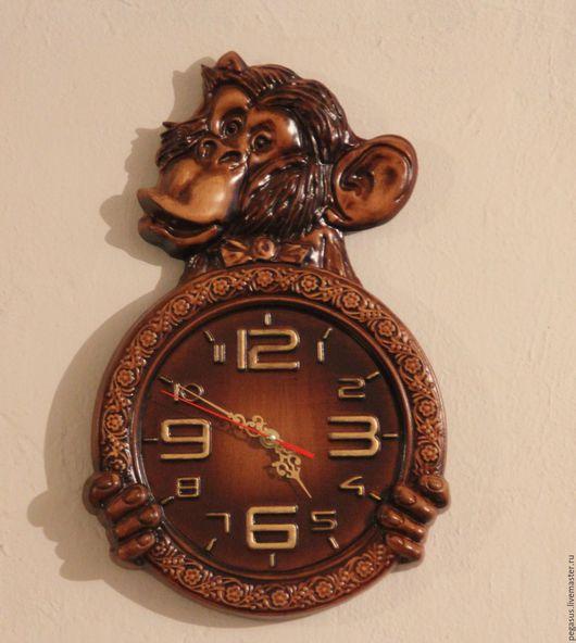 """Детская ручной работы. Ярмарка Мастеров - ручная работа. Купить """"Мартышка""""часы настенные.. Handmade. Мартышка, символ нового года"""