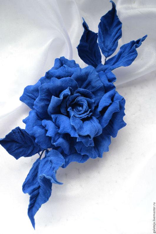 Броши ручной работы. Ярмарка Мастеров - ручная работа. Купить Цветы из кожи Брошь Ультрамарин. Handmade. Синий, цветы, брошь