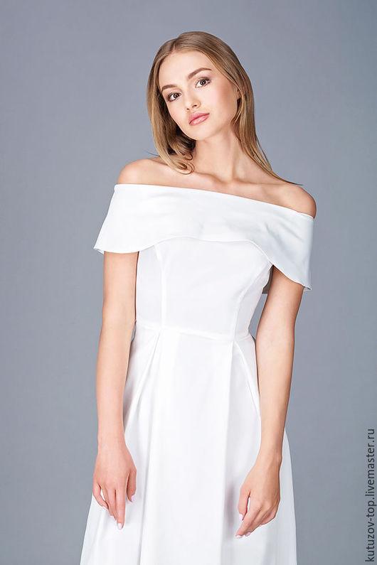 Платья ручной работы. Ярмарка Мастеров - ручная работа. Купить Белое платье с оголёнными плечиками №280. Handmade. Белый