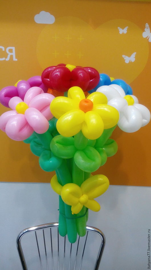 букет из ромашек. можно  сделать в одном  цвете  или в разных цветах. Татьяна.телефон +79168357051