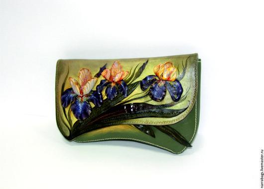 """Женские сумки ручной работы. Ярмарка Мастеров - ручная работа. Купить Сумка- клатч  """"Ирисы"""". Handmade. Зеленый, ирис из кожи"""