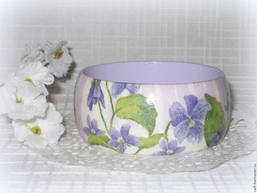 зеленый фиолетовый сиреневый романтичный полосатый в полоску фиалка женский недорогой деревянный браслет подарок что подарить девушке женщине сестре жене подруге маме  на 8 марта день рождения дерево