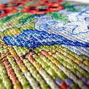 Картины и панно ручной работы. Ярмарка Мастеров - ручная работа Синяя птичка удачи, вышитая картина без оформления, лето, маки, окно. Handmade.