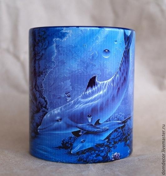 """Кружки и чашки ручной работы. Ярмарка Мастеров - ручная работа. Купить Чашка """"Два дельфина"""". Handmade. Синий, чашка, Праздник"""