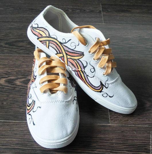 """Обувь ручной работы. Ярмарка Мастеров - ручная работа. Купить Кеды  женские с рисунком на заказ  """"Золотые завитки"""". Handmade. Кеды"""