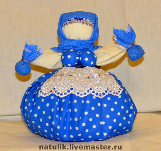 Кукла Кубышка  - травница. Синий горошек (готовая работа).