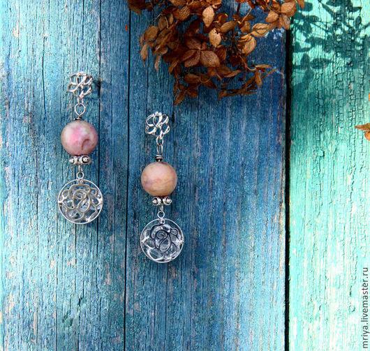 Серьги ручной работы. Ярмарка Мастеров - ручная работа. Купить Серьги с подвеской из натурального родонита цвета чайной розы.. Handmade.