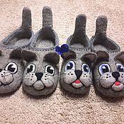 """Тапочки ручной работы. Ярмарка Мастеров - ручная работа Валяные тапочки для дома.""""кот и кошка"""". Handmade."""