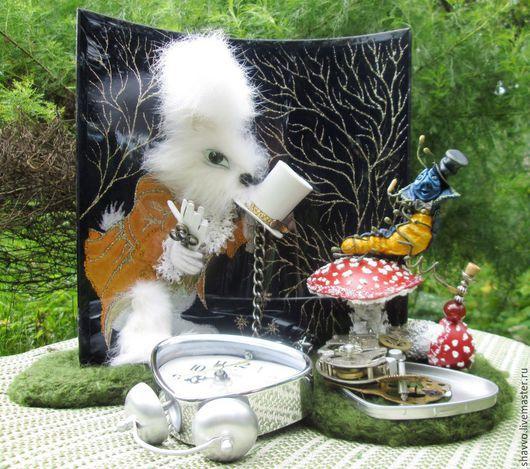 Часы для дома ручной работы. Ярмарка Мастеров - ручная работа. Купить Белый кролик. Handmade. Разноцветный, Роспись по стеклу