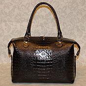 Женская кожаная сумка-саквояж 182