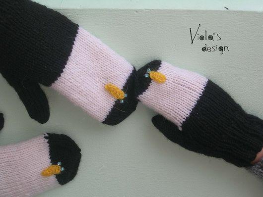 """Варежки, митенки, перчатки ручной работы. Ярмарка Мастеров - ручная работа. Купить Варежки """"Пингвины"""". Handmade. Пингвин, птица"""