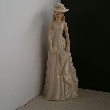 Винтаж ручной работы. Ярмарка Мастеров - ручная работа Высокая фарфоровая статуэтка Regal collection Англия 1980 годы. Handmade.