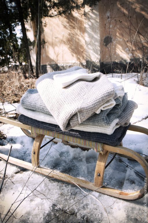 Свитер шерстяной вязаный свитер для отдыха Новый  ручной работы бело-бежевый свитер свитер с добавлением серого воротника и манжета.  подарок для мужчины  для женщины из натуральной шерсти  для отдыха