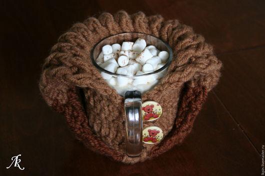 """Кухня ручной работы. Ярмарка Мастеров - ручная работа. Купить Кружка в грелке """"Горячий шоколад с корицей"""". Handmade. Коричневый"""