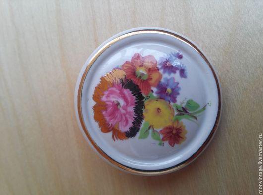 Винтажные украшения. Ярмарка Мастеров - ручная работа. Купить Винтажная керамическая брошь с цветочным рисунком. Handmade. Винтажная брошь, цветы