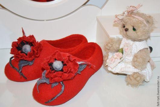 """Обувь ручной работы. Ярмарка Мастеров - ручная работа. Купить Тапочки """" Мак"""". Handmade. Ярко-красный, тапочки домашние"""