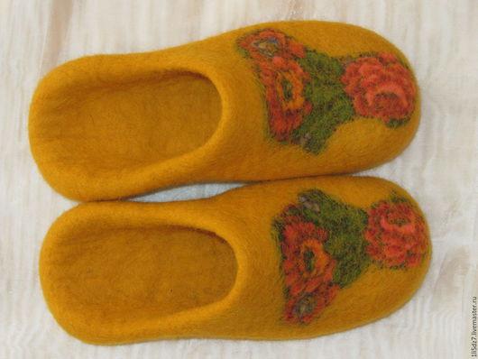 Обувь ручной работы. Ярмарка Мастеров - ручная работа. Купить Валяные тапочки.. Handmade. Желтый, тапочки, войлочные тапочки, бергшаф