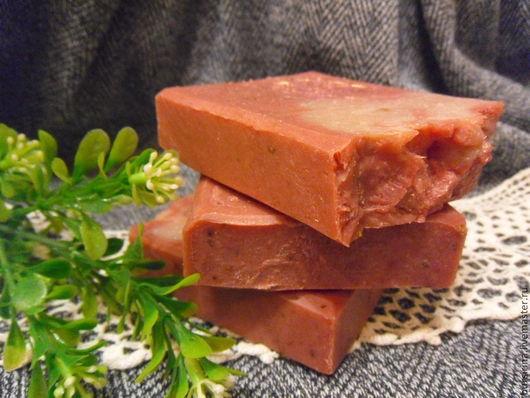 Мыло ручной работы. Ярмарка Мастеров - ручная работа. Купить ЯГОДА-МАЛИНА натуральное мыло с малиной на кокосовом молоке. Handmade.