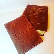 Обложки ручной работы. Ярмарка Мастеров - ручная работа Обложка на паспорт из натуральной кожи. Handmade.
