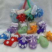 Елочные игрушки ручной работы. Ярмарка Мастеров - ручная работа Новогодние игрушки - Валенки и варежки. Handmade.