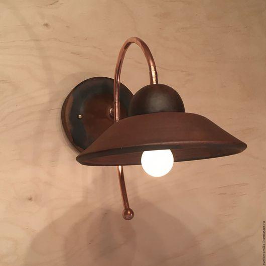 Освещение ручной работы. Ярмарка Мастеров - ручная работа. Купить Настенный керамический светильник на медном каркасе. Handmade. Керамический плафон