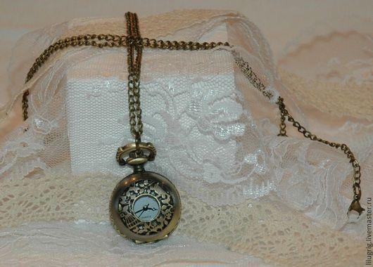 """Часы ручной работы. Ярмарка Мастеров - ручная работа. Купить Часы-кулон """"Алиса в стране чудес"""". Handmade. Часы"""
