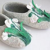 """Обувь ручной работы. Ярмарка Мастеров - ручная работа Тапочки """"Первые цветочки"""".. Handmade."""