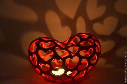 """Подсвечники ручной работы. Ярмарка Мастеров - ручная работа. Купить Подсвечник """"горящее сердце"""". Handmade. Сердце, 8 марта, глазурь"""