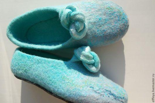 """Обувь ручной работы. Ярмарка Мастеров - ручная работа. Купить тапочки """"Нежность прибоя.."""". Handmade. Бирюзовый"""