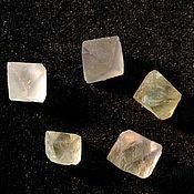 Минералы ручной работы. Ярмарка Мастеров - ручная работа Флюорит природный кристалл, комплект 5 шт. Handmade.