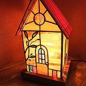 """Для дома и интерьера ручной работы. Ярмарка Мастеров - ручная работа Витражный светильник """"Домик"""". Handmade."""