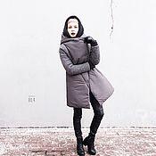 Куртки ручной работы. Ярмарка Мастеров - ручная работа Зимняя куртка с капюшоном и вязаными рукавами. Handmade.