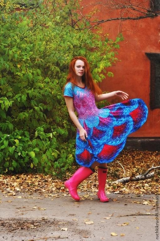 """Платья ручной работы. Ярмарка Мастеров - ручная работа. Купить Платье """"Танцующие неоновые фудзиямы"""" спицами из мериноса экстрафайн ру. Handmade."""