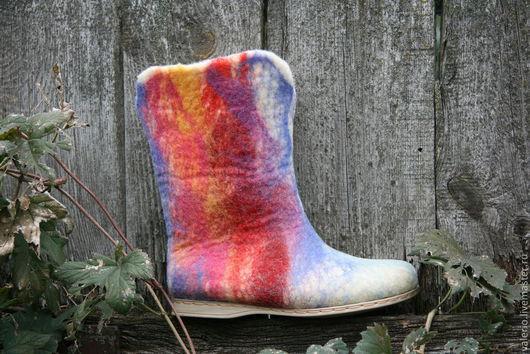 Обувь ручной работы. Ярмарка Мастеров - ручная работа. Купить Радуга. Handmade. Валенки ручной работы, валенки на подошве